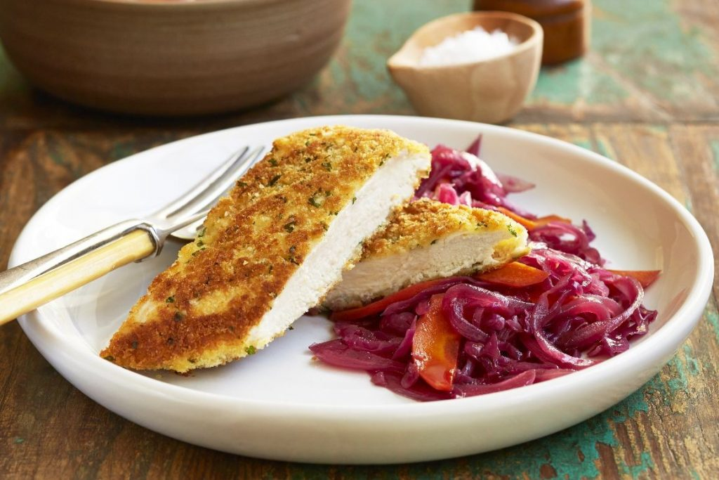 curtisy-parsley-crusted-chicken-schnitzel-with-sweet-and-sour-cabbage-90568-1-1024x683 نحوه پختن مرغ