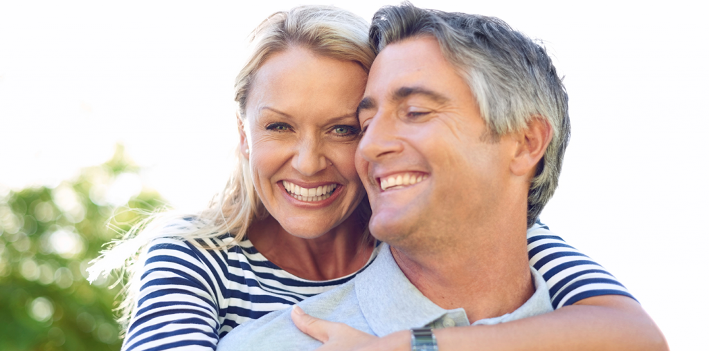 happy-couple-1024x508 چگونه شاد زندگی کنیم