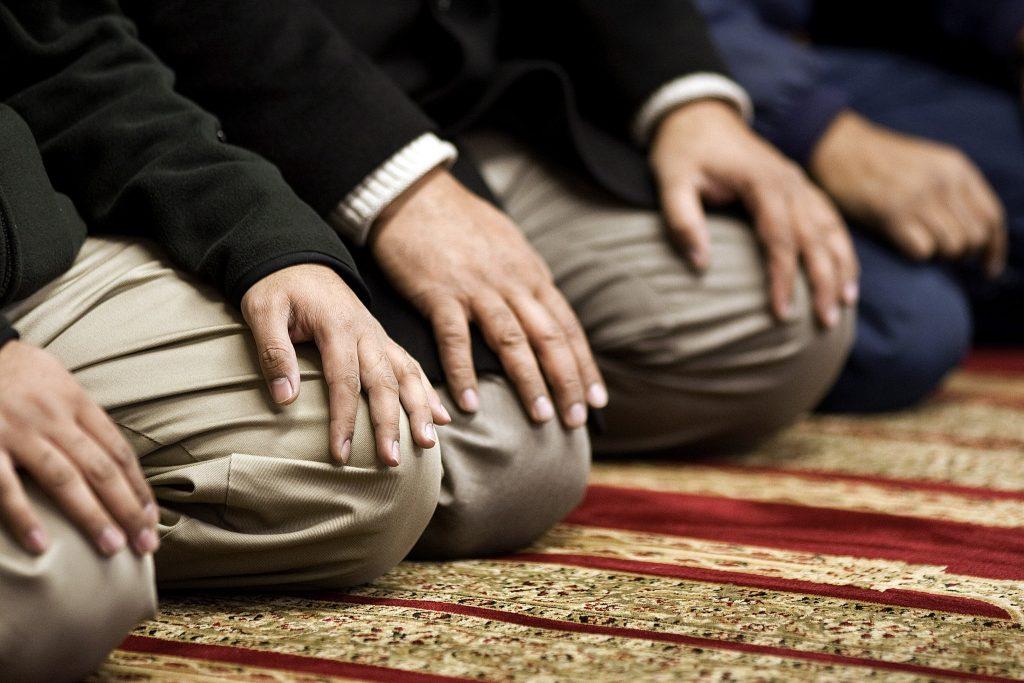 salah-hiba-1024x683 چگونه نماز بخوانیم