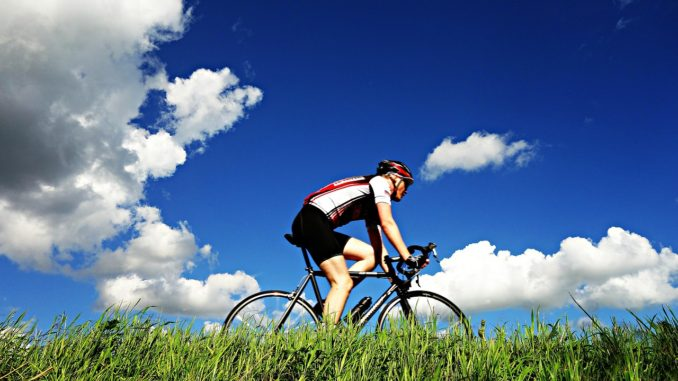 Taking-Up-Road-Cycling-In-2017-678x381 راه های کاهش استرس
